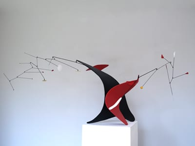 sculpture mobile, decoration moderne, alexandre calder