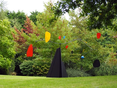 sculpture mobile outdoor design décoration jardin calder stabile